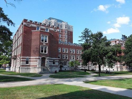 3. Vassar College - Poughkeepsie, New York
