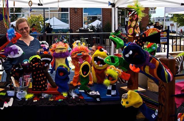Puppets09
